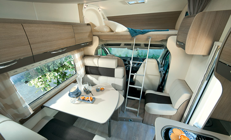 Chausson overcabs motorhomes 2016 for Interieur camping car